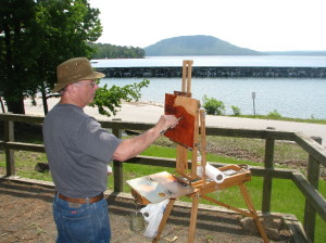 Bill Garrison demonstrated his plein air oil painting techniques at Fairfield Bay Marina, with Sugarloaf Mt. in the background.