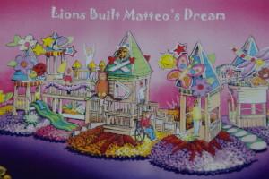 LionsBuiltMatteosDreamPic2014RoseParadeTheme-300x200
